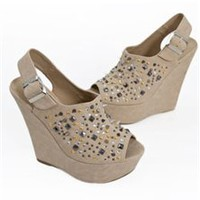 Delicious Getup Studded Spiked Slingback Wedge- Camel