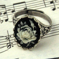 Black Rose Ring - $17.50 : RagTraderVintage.com, Handmade Indie Retro Accessories