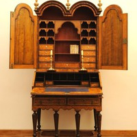 1STDIBS.COM - Hansord - coxed and woster - Mulberry double dome bookcase