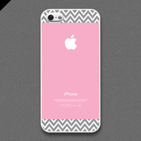 iPhone 5 Case  Light grayish chevron pattern on light by evoncase