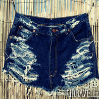 High Wasted Denim Shorts (MEDIUM)