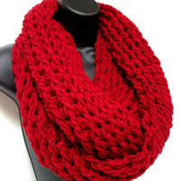 Unisex Valentine&#x27;s Crochet Infinity Scarf. Women&#x27;s Fashion Scarf. Men&#x27;s Crochet Round Scarf