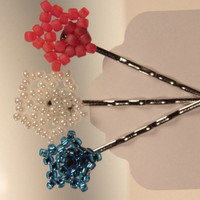 seed bead bead weaving three stars bobby pins by WakeUpTheAngel