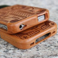 Totem Engraved Wooden Hard Cover Case for Iphone 4/4s