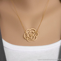 Rose Pendant Necklace on Gold Filled Chain, Dainty Lovely Rose Charm, simple modern jewelry, wedding jewelry, bridesmaid jewlery, mom gift