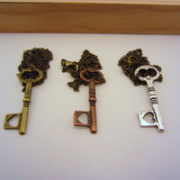 Set of three key friendship necklaces. Bronze, copper, silver. Key to my heart. Small heart. Skeleton key. Best friend gift.