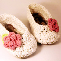 Antique Ivory Baby Booties With Pink Rose | Luulla