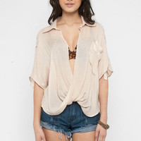 Turn Around Blouse in Peach :: tobi