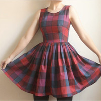 $174.00 Melissa Vintage Cotton Plaid Dress by Leanimal on Etsy