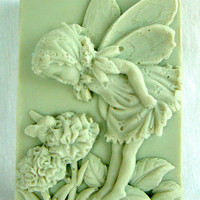 Handmade Honeysuckle Natural Goats Milk Soap-3.9oz | Luulla