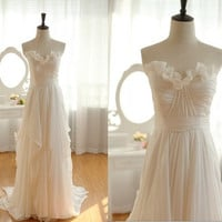 Vintage Inspired Chiffon Wedding Dress Strapless by wonderxue
