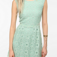Kimchi Blue Camilla Medallion Lace Dress