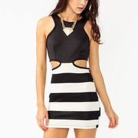 striped-contrast-cut-out-dress BLACKCREAM - GoJane.com