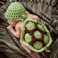 0-3 Month Hatchling Turtle Cuddly Critter Hat and Cape Set--Perfect Newborn Photo Prop--Crochet Turtle--Baby Crochet Animal Gift Set