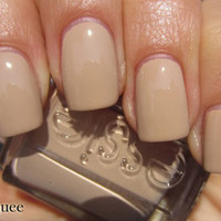Essie Nail Polish (E773-Brooch The Subject) WINTER COLLECTION 11 Café Latté NUDE