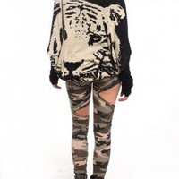 CUT OUT CAMO LEGGINGS!! Darling...pants!