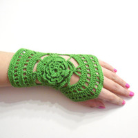 Fingerless Gloves, Wrist warmer, Winter gloves, holiday gifts, 2013 fashion, Green Crochet gloves