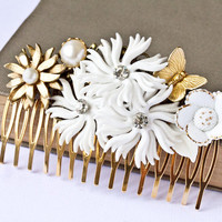 HOLIDAY SALE Bridal Hair Comb  White Flowers Hair Comb by lonkoosh