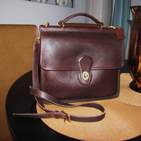 vintage mahogany COACH station messenger crossbody bag. dark brown Coach crossbody. large coach bag