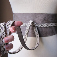 Vintage - Taupe Leather Obi Belt with Vintage Beige Lace