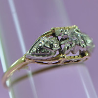 Gorgeous Traditional Vintage Engagement Ring 14 Karat Yellow and White Gold