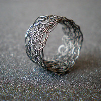 Crochet Sterling Silver Wire Ring - Black | Luulla