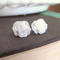 Bright White Rosebud Earrings by AcuteDesigns on Etsy