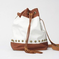 Adri WhiteTan Leather Drawstring  Bag//Ready to by SABRINATACH