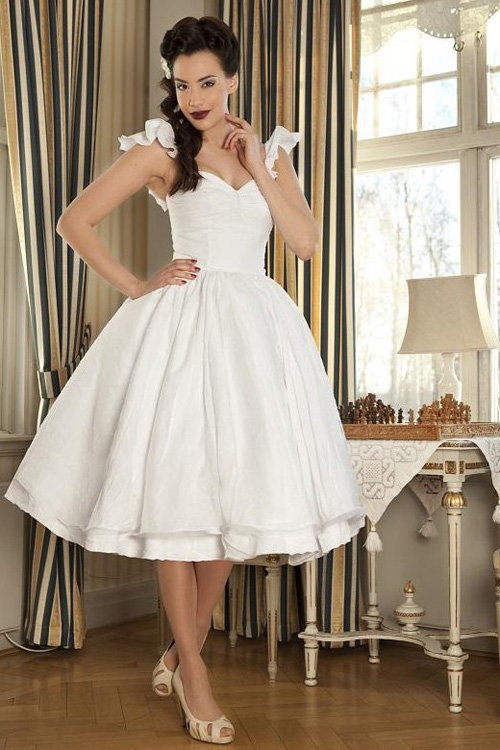 Pin up style bridesmaid dresses