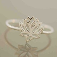 Tiny Wonders Lotus Ring