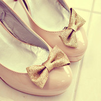 gold sparkle glitter bow shoes clips. anthropologie. In Stock and ready to ship.