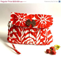 SALE Limited Edition Red and White Floral Clutch Purse by Oyeta