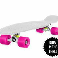 "Amazon.com: 22"" EightBit Banana Skate Board - Retro Skateboard Glow-in-the-Dark - Kryptonite/ Punch: Toys & Games"