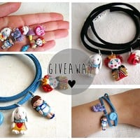 Drawing Dreaming: Giveaway: Alice in Wonderland bracelet