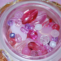 PINK loose beads, Crafting supplies,  jewelry supplies, lot of beads,Purple acrylic beads
