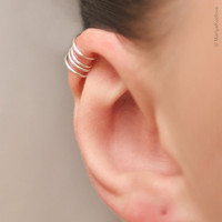 No Pierce Ear Cuff for the Upper Ear - False piercing - silver plated - Fake piercing.
