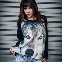 Gray Wolf Sweatshirt - Wolf Screenprinted Longsleeved Shirt In Black.