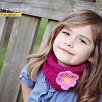 Little Girls - Crochet Cowl - Neckwarmer - Scarf - Magenta with Pink Flower