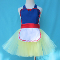 Childrens apron for girls Snow White tutu apron Princess childrens full apron birthday kids apron  gift