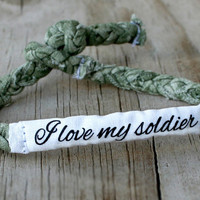 I love my soldier, Customizable Military Bracelet - Army, Marines, Air Force, Navy, Soldier Wife, Girlfriend, Fiance (women, teen girl)
