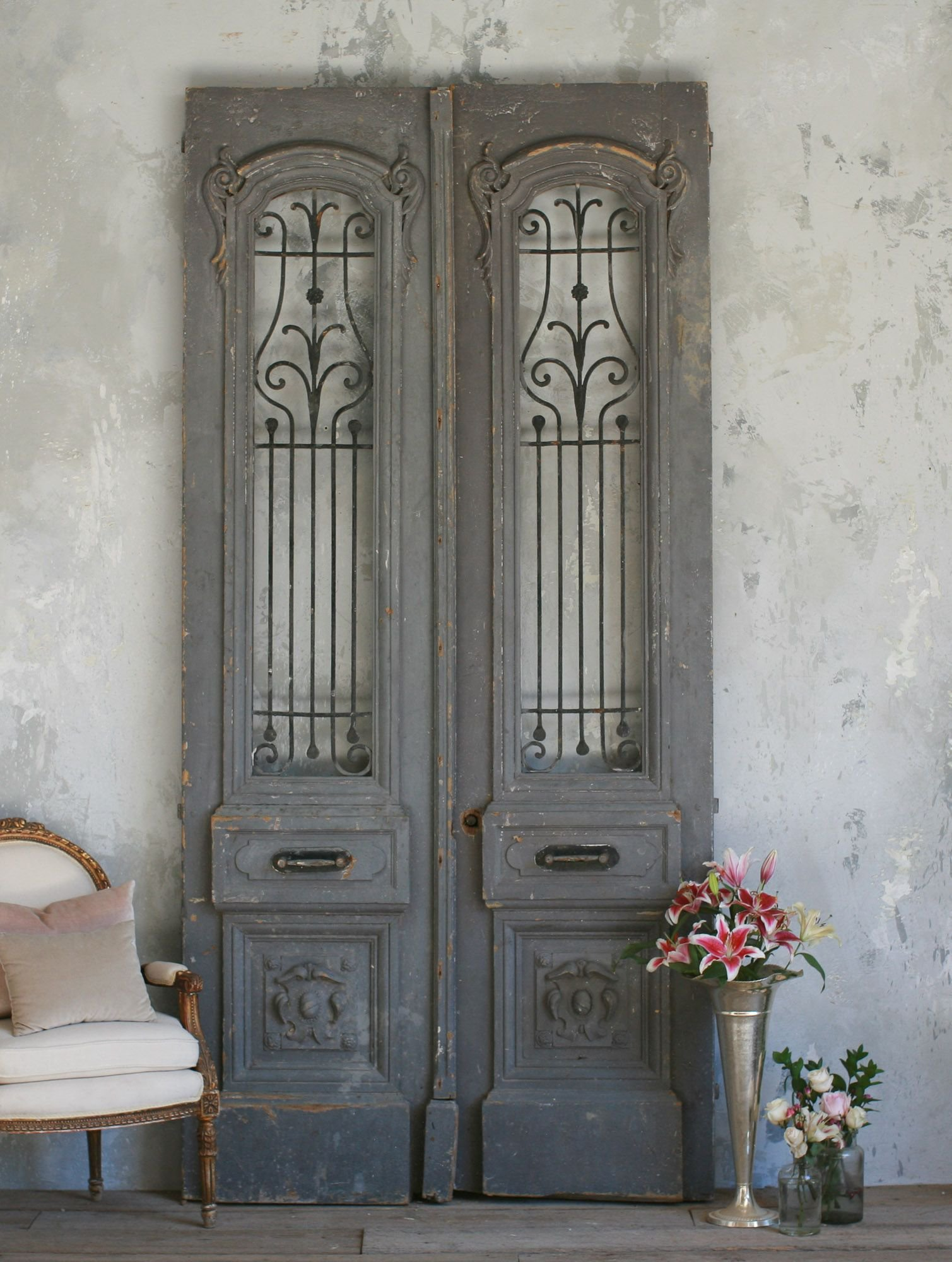 Vintage large scale pair of vintage doors from the bella - Decoracion vintage retro ...