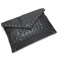 Skull Stud Clutch