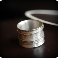 Merry go round spinner silver ring