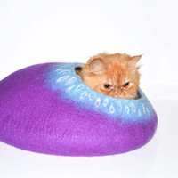 Purple Cat Bed, Cats Cave, Pets House felted wool Size M