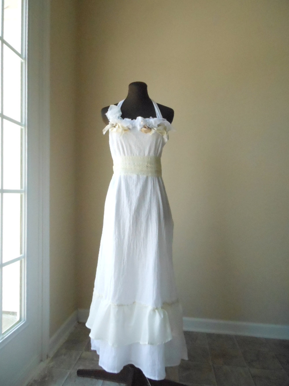 Simple rustic wedding dress shabby chic from colorada Simple country wedding dress ideas