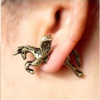 1Pair Gothic Punk Rock Temptation alloy Fly unicorn ear stud Earring C437