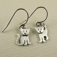 Kitten earrings by StickManJewelry on Etsy
