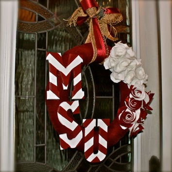 Mississippi State Bulldogs Wreath/ Maroon and White/ Wall Decor/ Door accent/ Custom Team order
