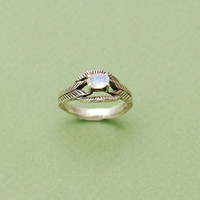 Moonstone deco ring in silver