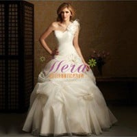 Floral Asymmetrical Single Strap Sweetheart Princess Wedding Dress With Hand-made Flowers